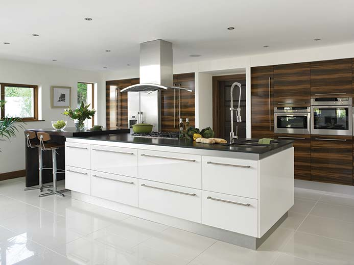 HG Pl Prunus White Venice Kitchen