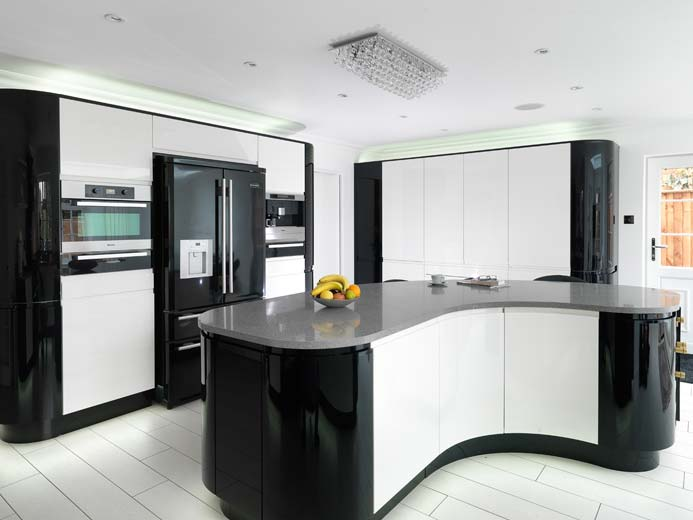 Parapan kitchens alpine and black